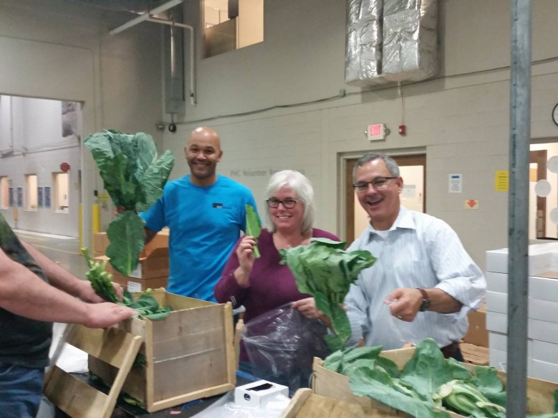 Rcf Group Cleveland Lends A Hand At The Greater Cleveland Food Bank Rcf Group